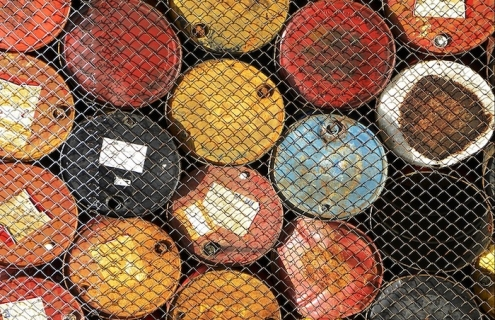 China Is Buying Up Billions Of Barrels Of Cheap Crude Oil