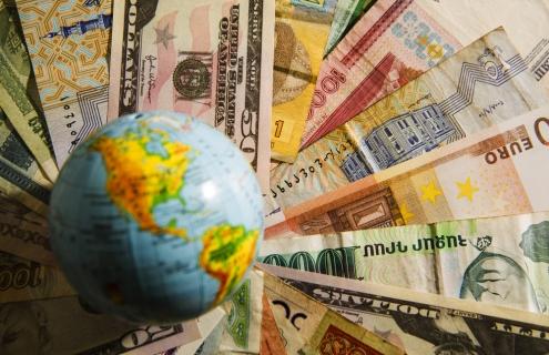 China Launches Digital Yuan As U.S. Dallies