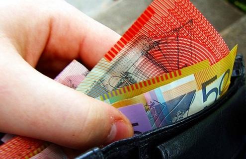 Hedge Funds Turn Bearish On The Australian Dollar