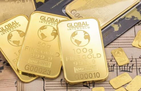 Hawkish Fed Sends Gold Prices Crashing