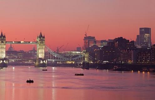 UK Suspends Top-Tier Investor Visas In Money Laundering Crackdown