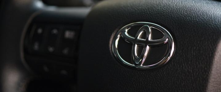 Can Toyota's Hydrogen Car Take On Tesla?